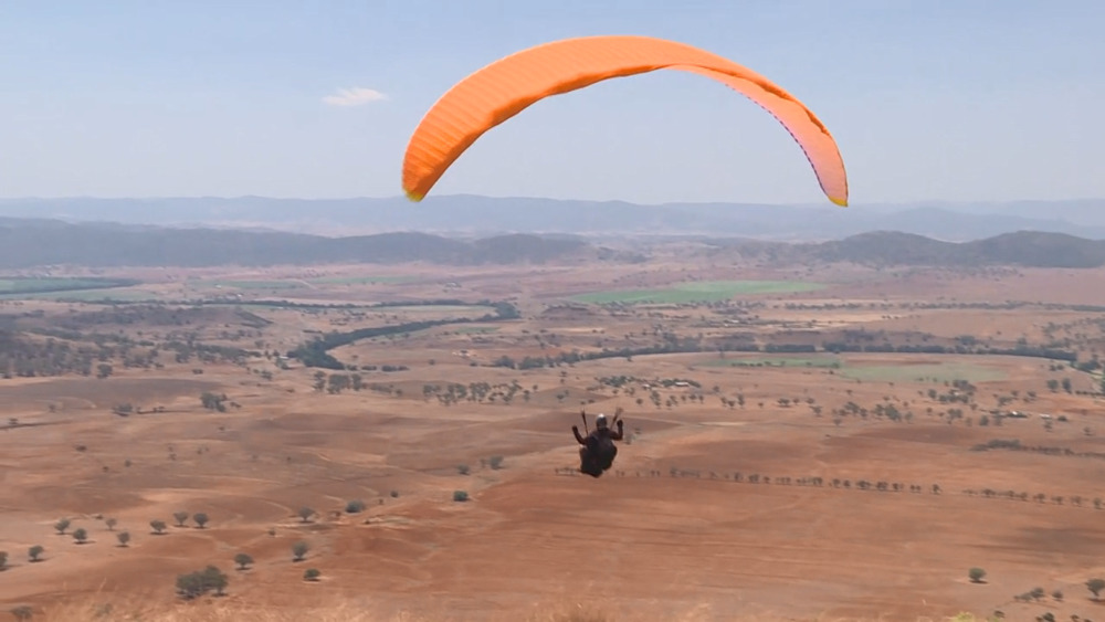 NBN News | MANILLA CROSS COUNTRY PARAGLIDING COMP SEES PILOTS FLOCK